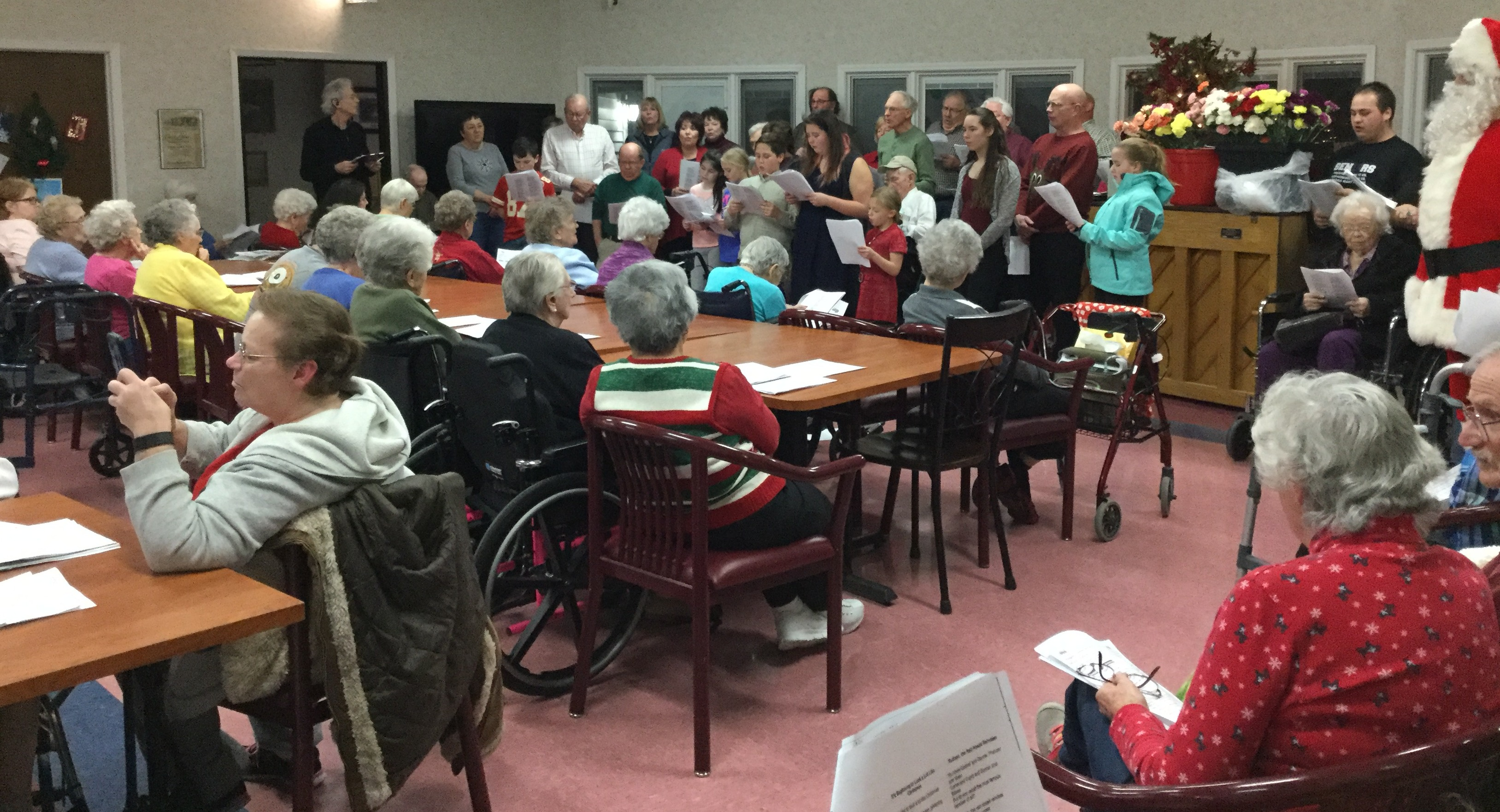 Dunlap Specialty Care Christmas carolers