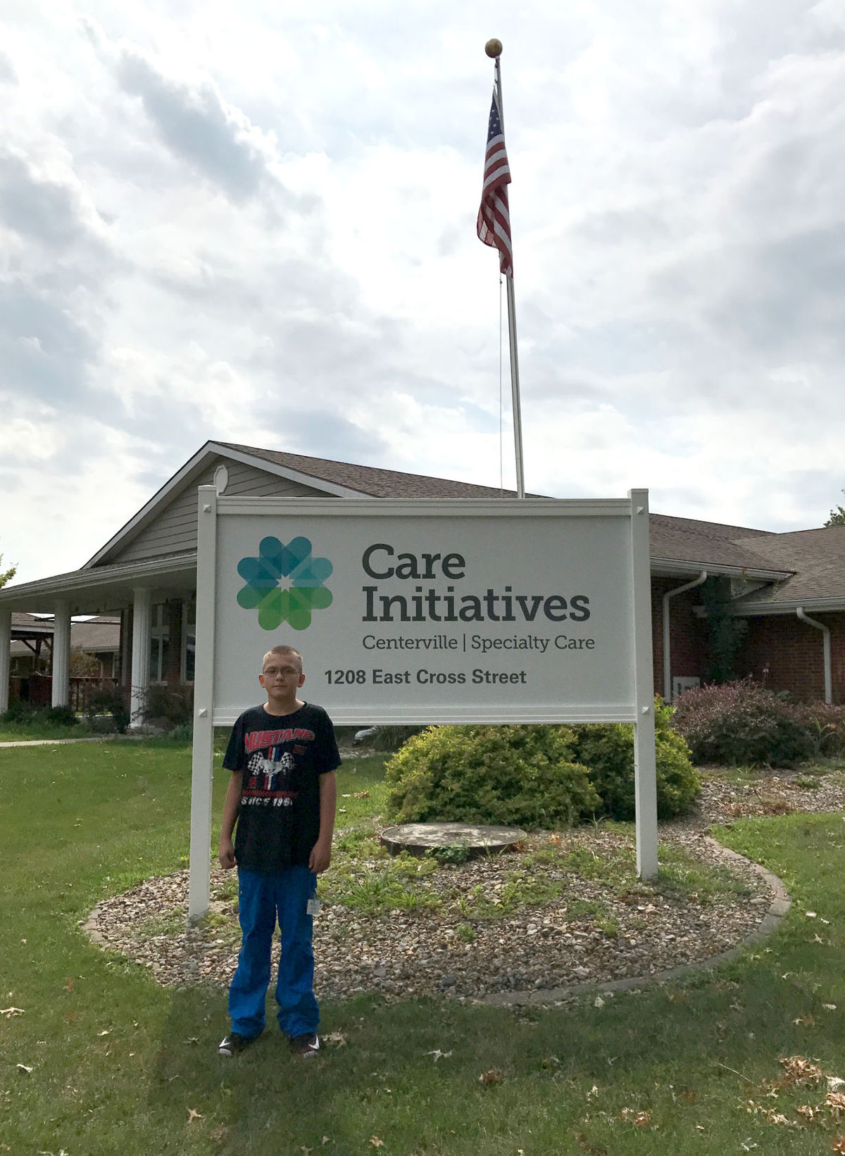Mason Lund volunteer with Centerville Specialty Care