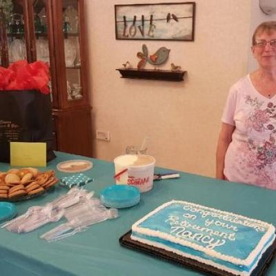 Valley View CNA retires