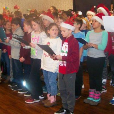 Dubuque caroling